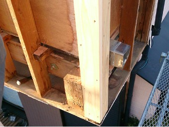 腐食した木材の入れ替え