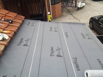 屋根葺き替え