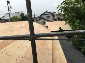 屋根 葺き替え ガルバリウム鋼板