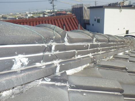 日本瓦雨漏り