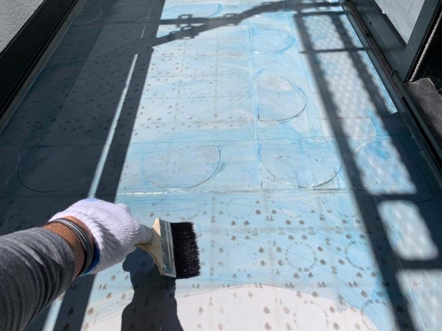防水工事 プライマー塗布