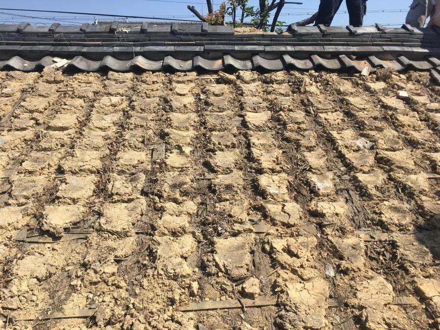 屋根 葺き替え 瓦 金属屋根 ガルバリウム鋼板