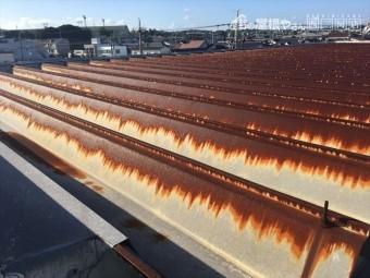 折半屋根 サビ 腐食