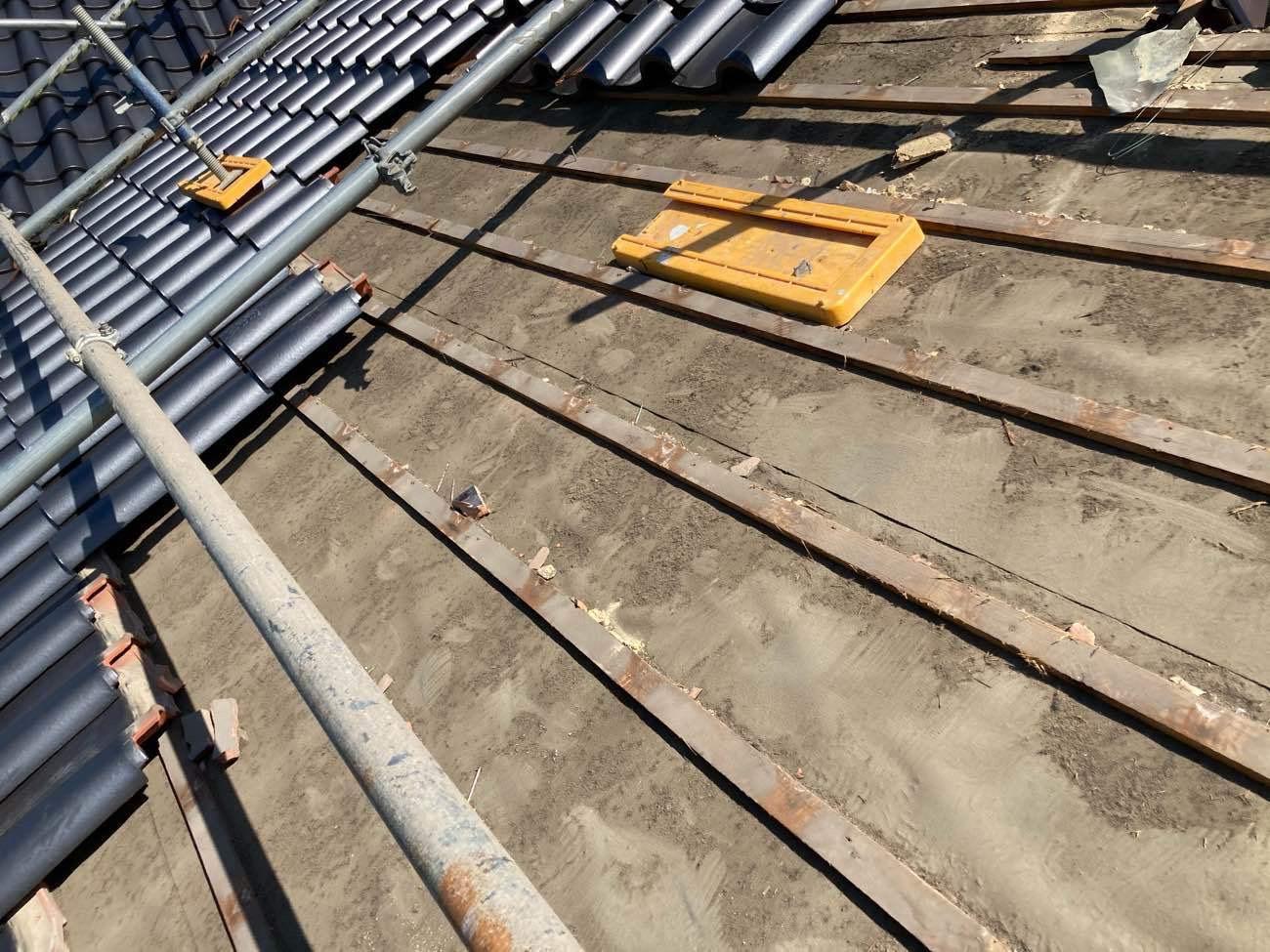桟葺き工法