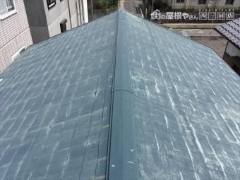 スレート屋根 点検 褪色 重ね葺き